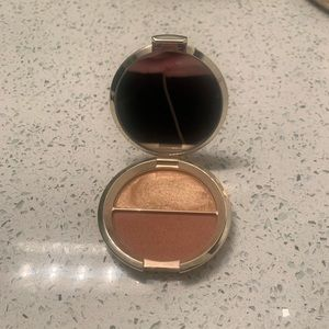 Limited Edition BECCA x Jaclyn Hill